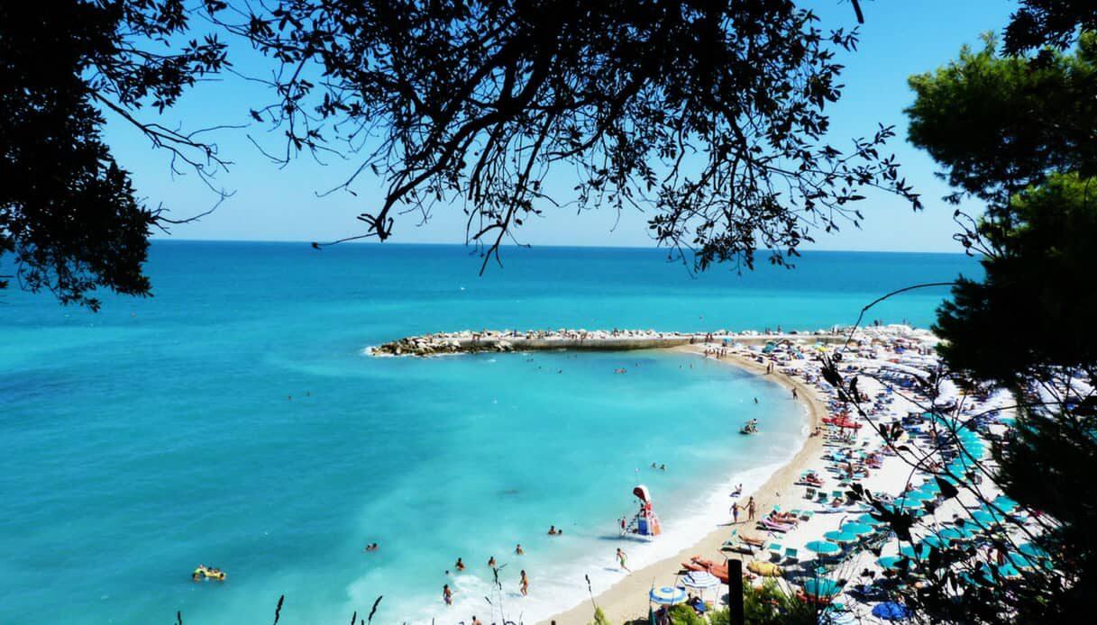 Spiaggia di Numana Bassa e Marcelli
